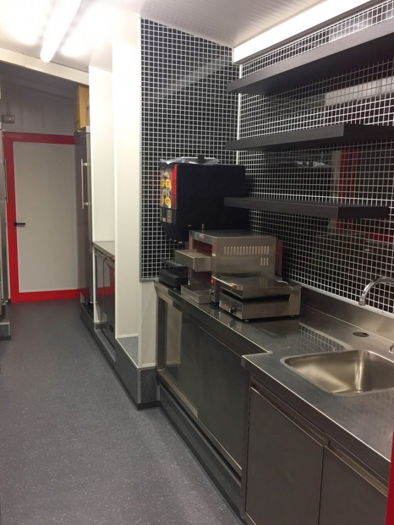 Kiosk for Fast Food PULSE - EUROmodul kiosk for fast food